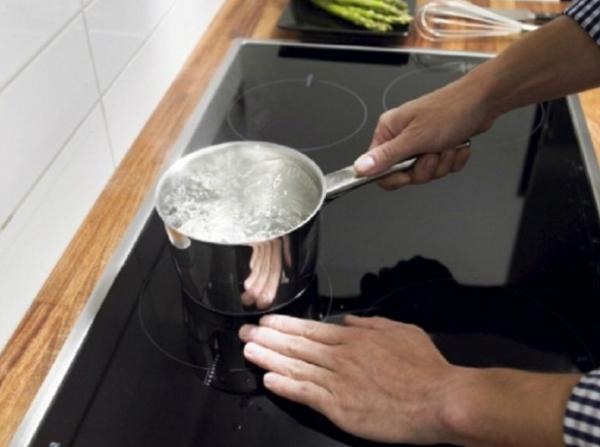 Sửa Bếp Từ Không Nhận Nồi