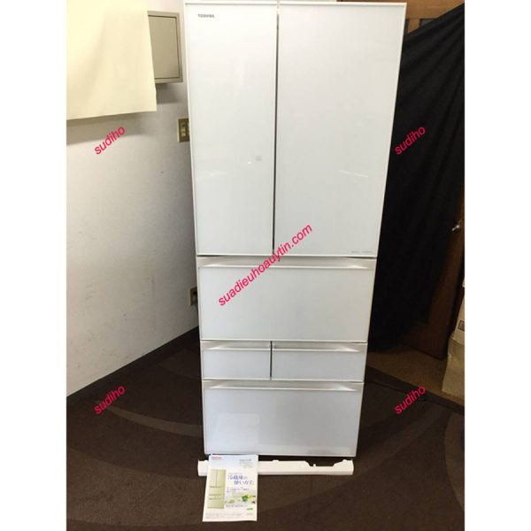 Tủ Lạnh Toshiba Nhật GR-F56FXV-556L-2013