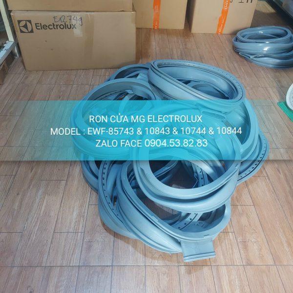 Ron Cửa Máy Giặt Electrolux EWF 85743 10843 10744 10844